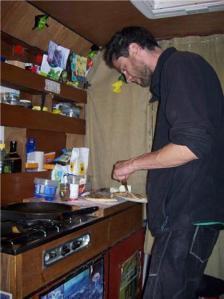 pizza maken in de pan
