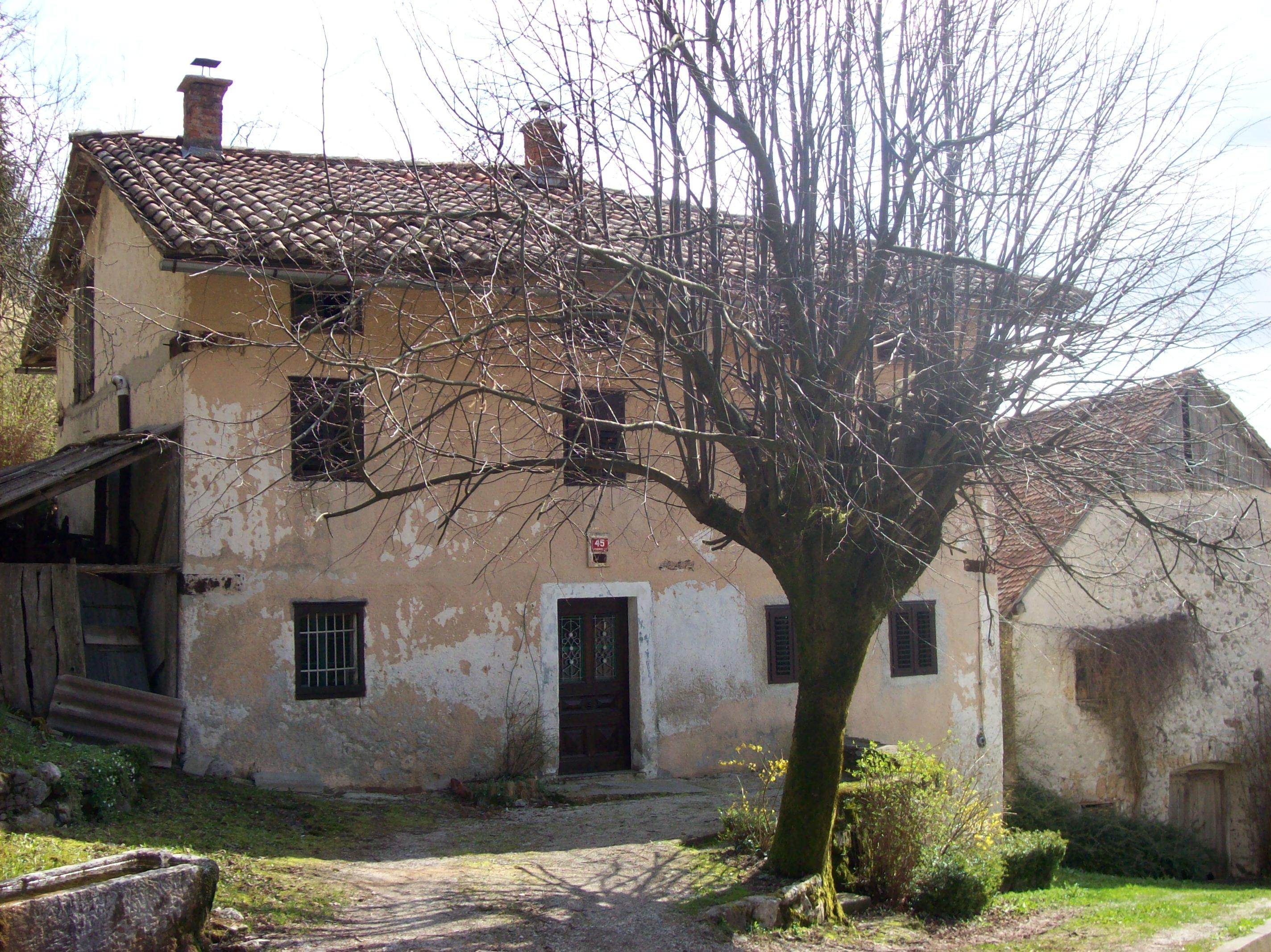 2010 logeren in sloveni for Deco oude huis