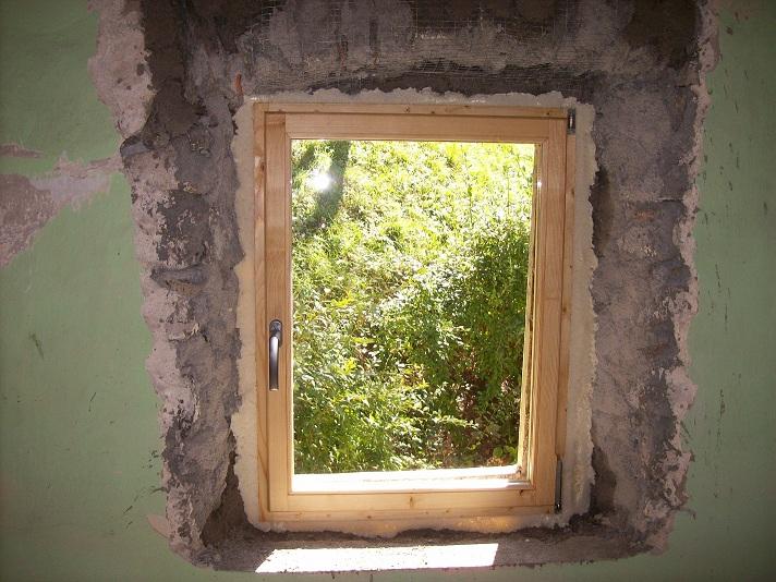 nieuw venster derin: 2e gastenkamer heeft nieuwe ramen!