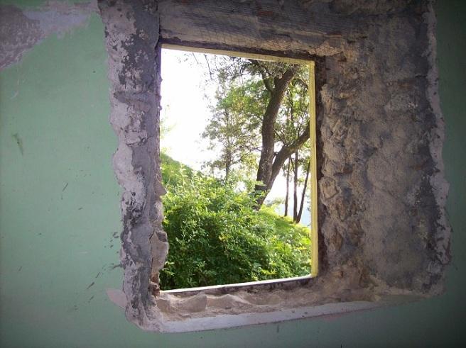 oud venster eruit ...