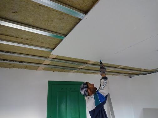 plafonds kamers onder de 3e kamer: isoleren, gyproc plaatsen & schilderen