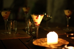 dessertje: triffel met framboos en vanillepudding